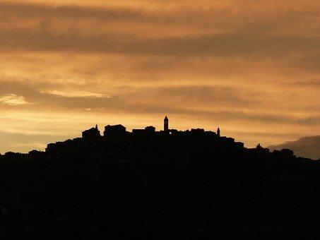 Langhe, Sonnenuntergang, Barolo, Bussia