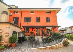 Wonderful red estate of the Italian rare winery Cantina Ceresa.