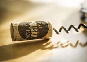 Vina Poljšak_logo on the cork_3