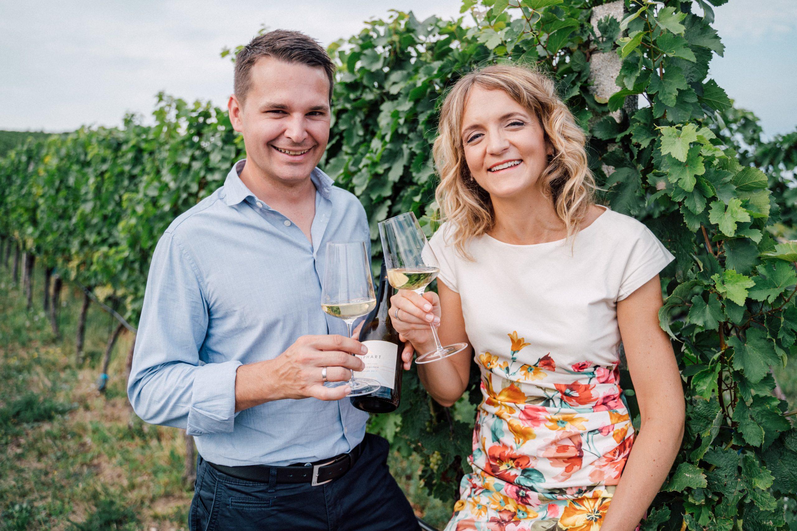 Weingut Alphart - tasting in the vineyard