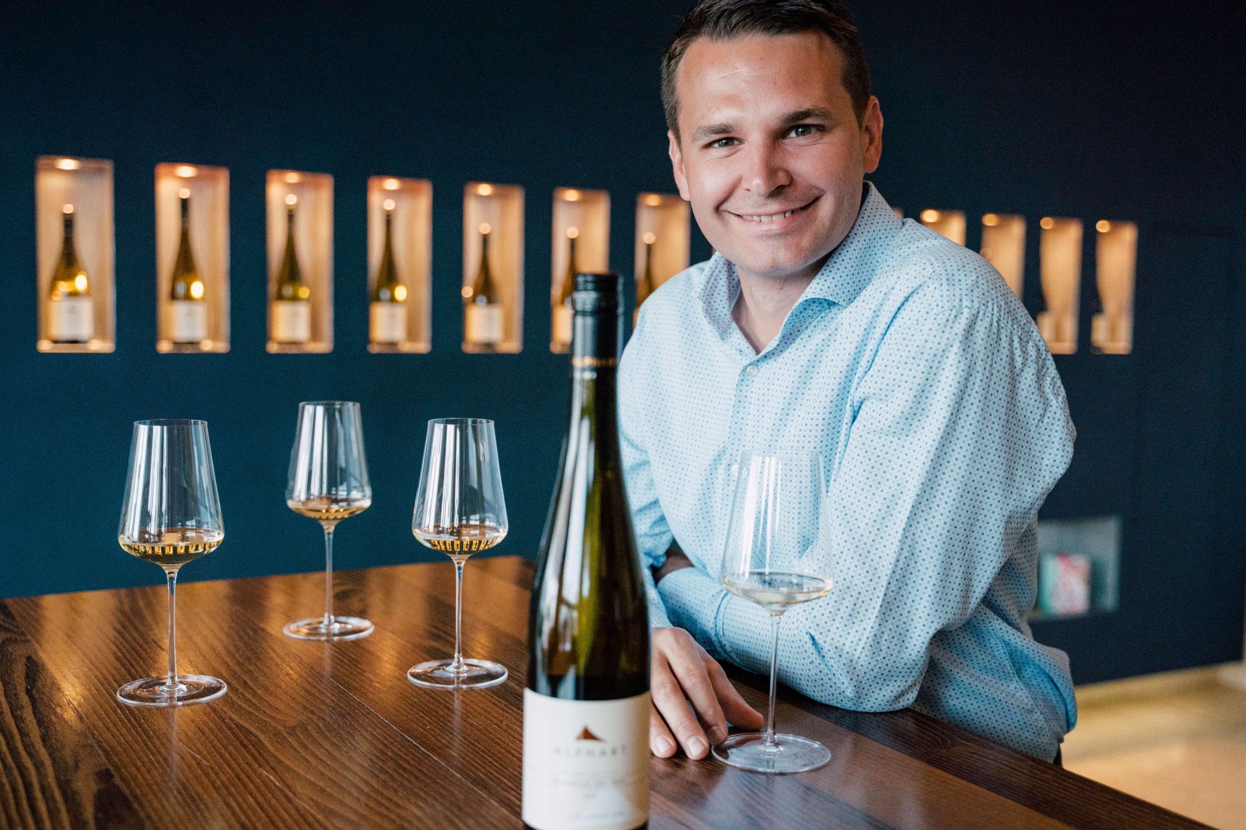 Weingut Alphart - tasting of white wine