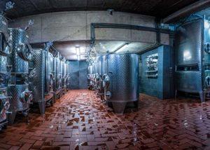 Weingut Breit_steel tanks_3