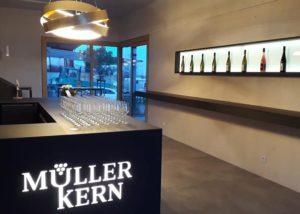 The tasting room of the Weingut Müller Kern