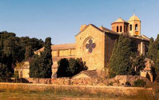 Abbaye de Fontfroide wedding organization