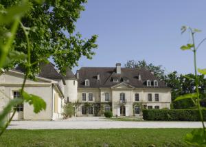 Chateau Bouscaut - winery picture