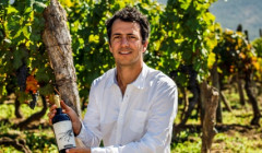 clos de luz winemaker amid great vineyards near winery in chile