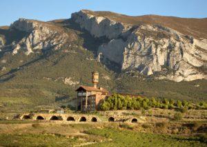 view on the Eguren Ugarte vineyard and winery in Spain