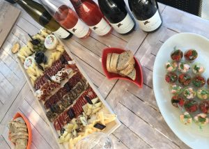 A food and wine pairing at Domaine de la Mordorée