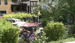 Weingut Philipps-Mühle - courtyard