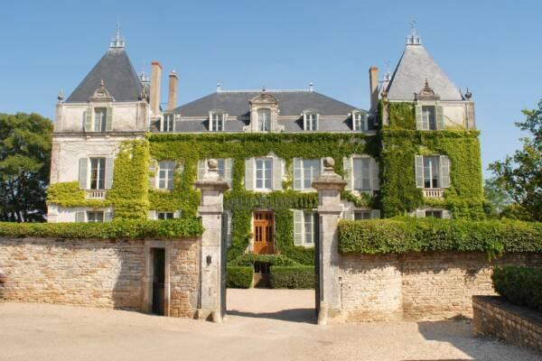 Magnificient building of the Château de Chamirey winery