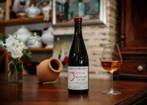 Wine bottle of the Chona's Marani winery