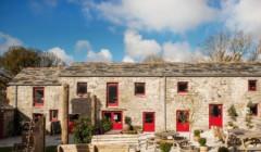 Main building of Knightor winery