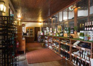 Wine shop at Quinta do Sanguinhal winery