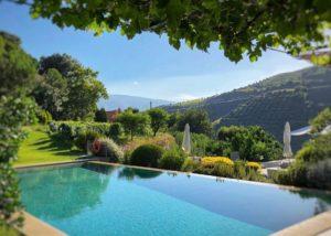 Food and wine tasting at Quinta do Vallado winery