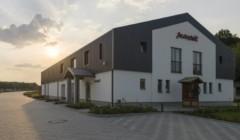 Good-looking building of the Szeleshát Estate winery