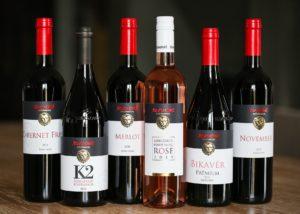 Wine bottles of the Szeleshát Estate winery