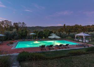 Lavish swimming pool of the Tenute San Fabiano - Conti Borghini Baldovinetti de' Bacci winery