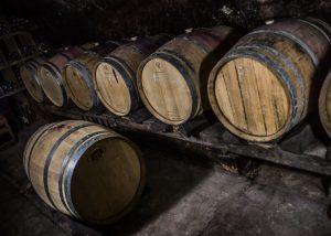 Weingut Scherner-Kleinhanss-barrel cellar