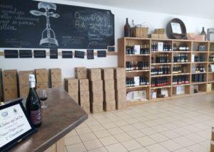 puianello e coviolo beautiful room for wine tasting sessions