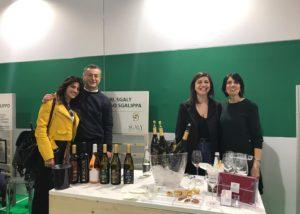 people tasting wines at Azienda Agricola Sgaly Di Tommaso Sgalippa