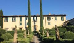 Building Of Antica Cascina Dei Conti Di Roero Winery