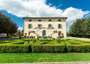 Building Of Castello La Leccia Winery