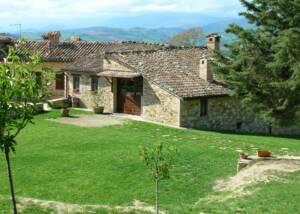 main building of Fattoria Colmone Della Marca winery