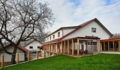 Building of Albiana Estate - Vinska klet Žaren
